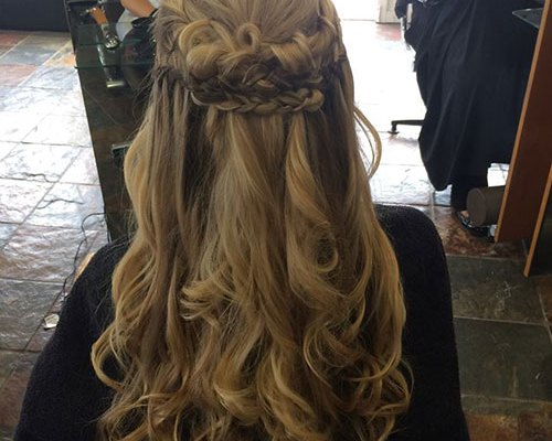 elegant-half-up-half-down-hairstyle