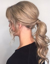 Prom-19-curly-pony-tail